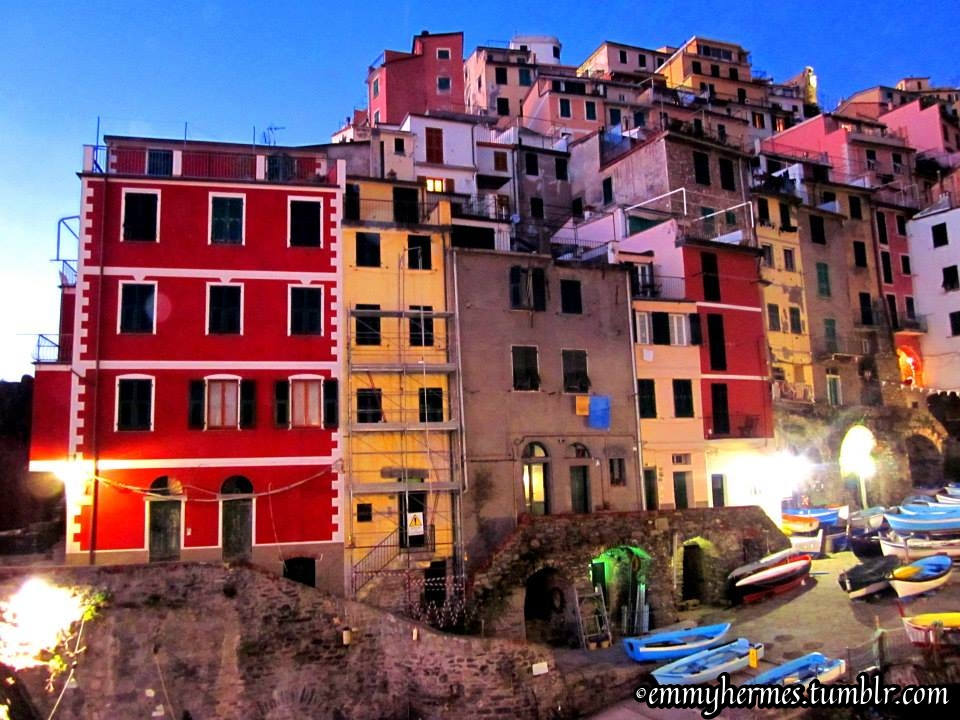 Cinque Terre - rainbow colored houses and boats